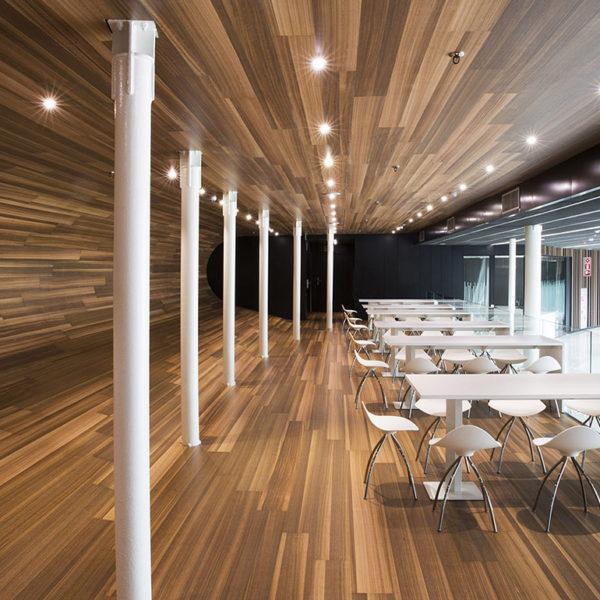 Meubles pour restaurants d'entreprise