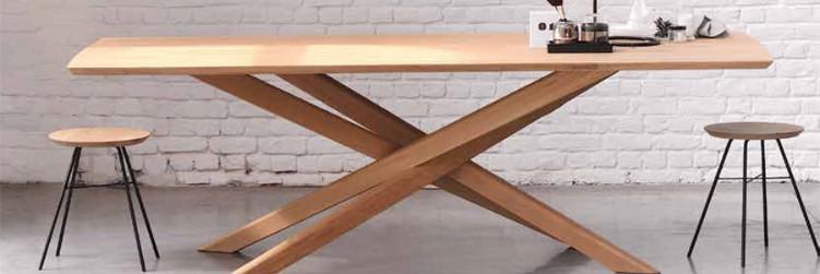 ETHNICRAFT Table MIKADO en chêne